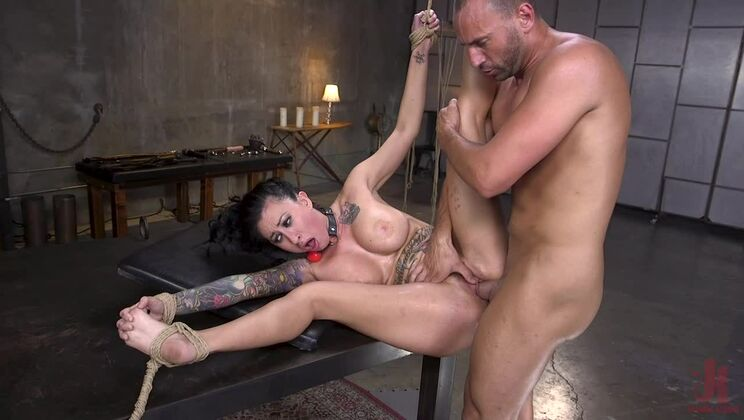 Squirting Submission: Lily Lane Squirt Fucked In Inescapable Bondage