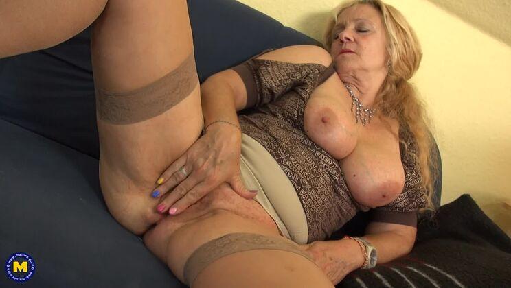 Bea dumas porno
