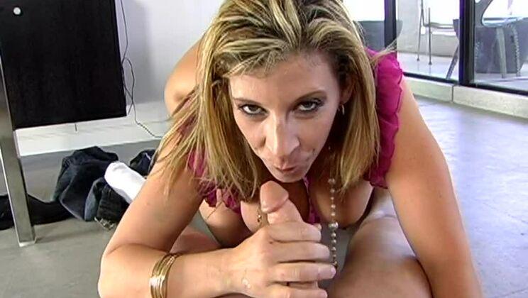 Big tits and a big ass