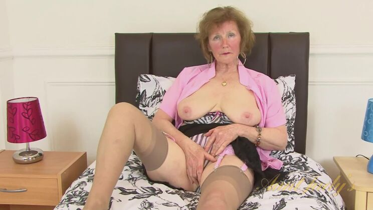 Over 60 mature model Pearl shows us her granny body and pierced pussy