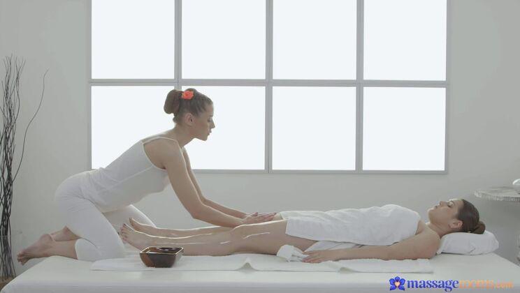 Lovely masseuse pleasures client